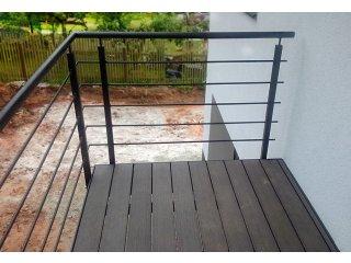 Zakázková výroba zábradlí, schodů a plotů obr.č.: 5 - Samonosné schodiště (Horní Bříza)